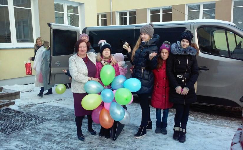 Посещение с Рождественским концертом Vilniaus sutrikusio vystymosi kudikiu namai