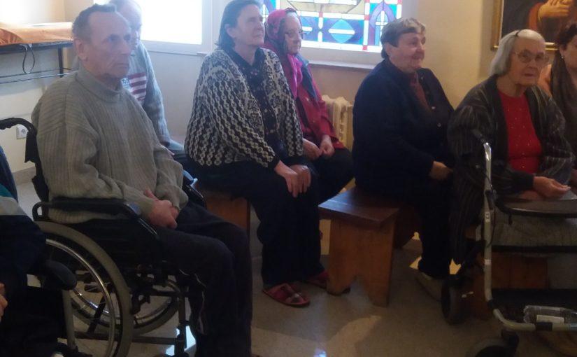 Молебен в «Antavilių seneliu pensionatas»