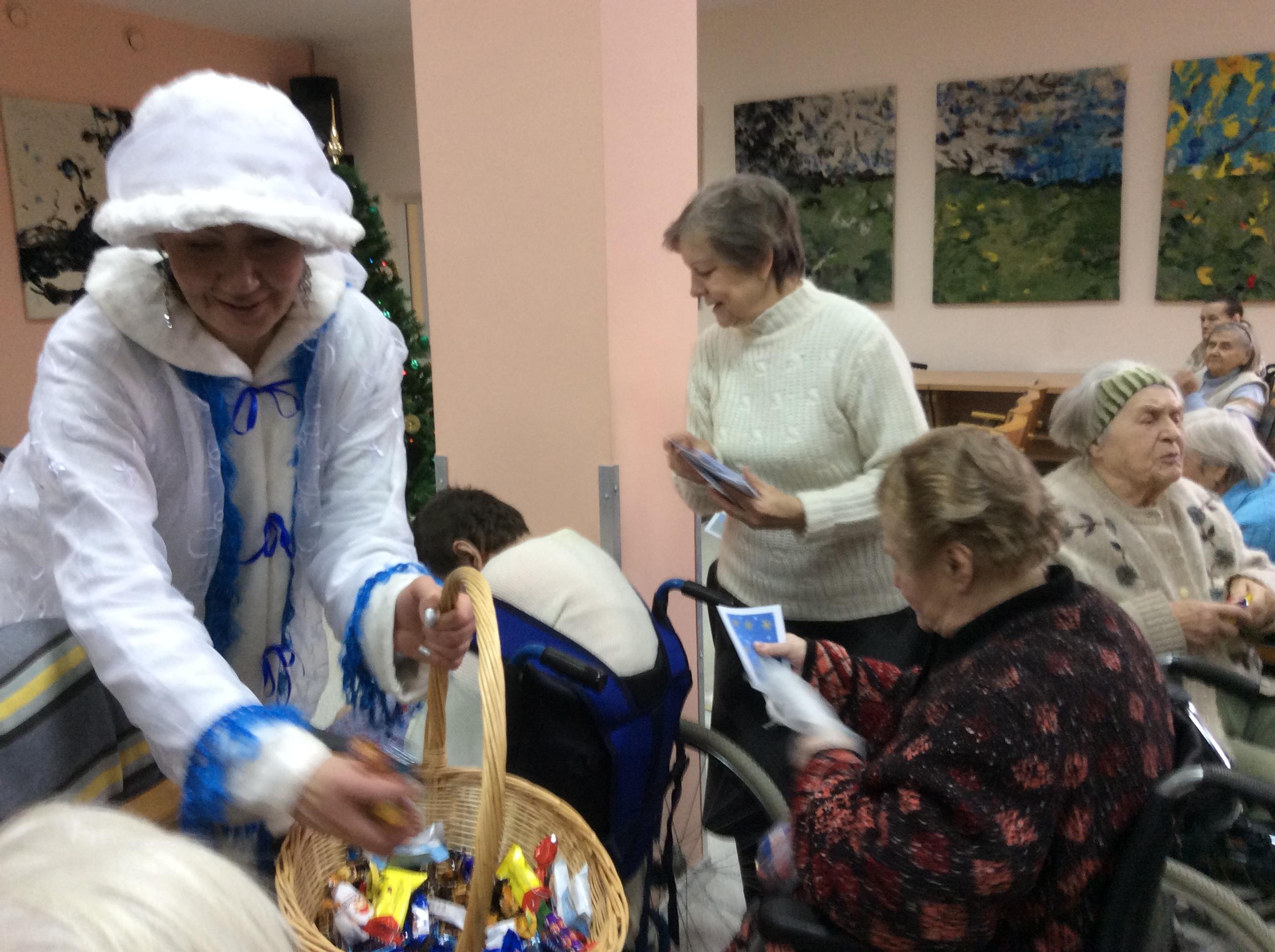 поздравление в доме престарелых с рождеством барак