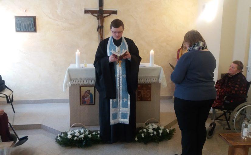Молебен в доме престарелых «Аntaviliu pensionatas»