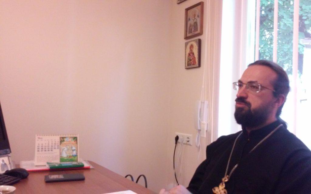 Молебен для добровольцев социального служения Свято-Духова монастыря