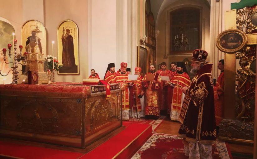 Пасхальное богослужение в Свято-Духовом монастыре