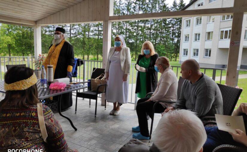 Духовное окормление в доме опеки