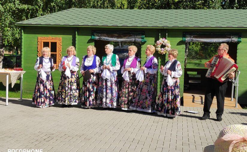 Cестры милосердия сестричества преподобной Харитины Литовской посетили  с концертной программой дом престарелых «Севилис» г.Вильнюса