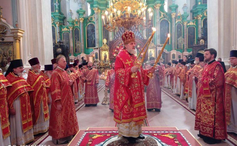 Праздничное богослужение в Свято-Духовом монастыре
